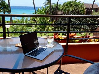 Lahaina condo photo - Your office has an oceanfront view