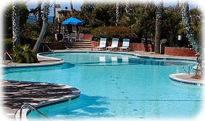 Nice large heated pool for your enjoyment w/Jacuzi on one end & Pacfic on other!