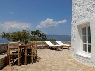 Hydra Island house photo - Plenty of sun