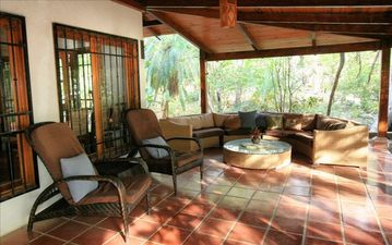 Sitting area on the Lanai.