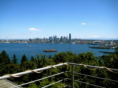 View of Seattle Skyline, Ferry traffic, and more!