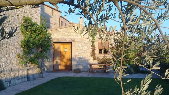 Self catering Cal Farrés for 10 people