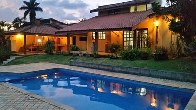 Lindo Sitio in Atibaia with swimming pool with hydro, mini soccer field and internet