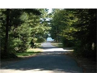 Sebago cottage photo - View to beach