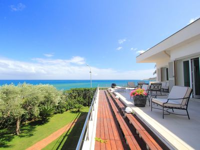 Luxury Villa With Breathtaking View In The Renowned Beach Resort Of Mondello!!