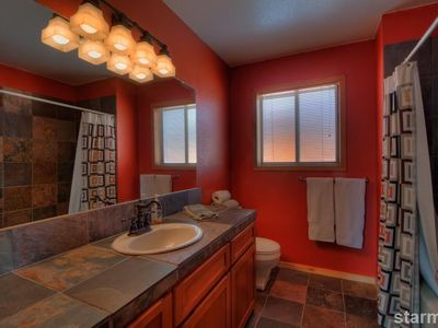 Tahoe Keys house rental - Modern Upstairs Bathroom