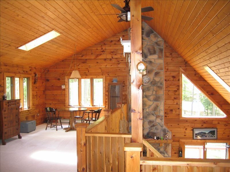 Drooly bear cabin your raystown lake vrbo for Getaway cottage