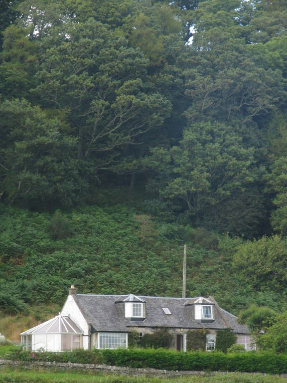 Luxurious Stunning 3 Bed Cottage on the Isle of Bute with Spectacular Sea Views