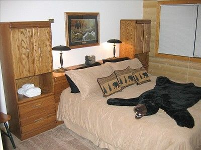 Estes Park house rental - bear bedroom (downstairs with king bed).