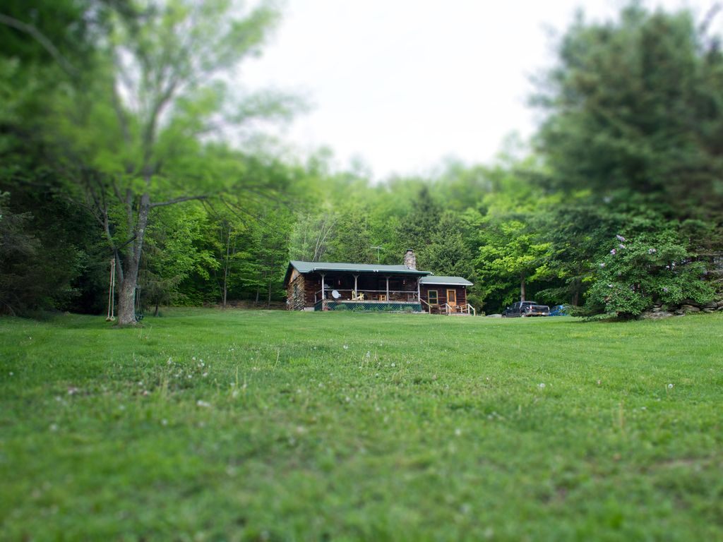 Cozy cabin in the catskills for summer vrbo for Cabins in the catskills