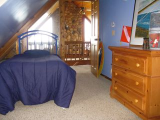Claybank Township cottage photo - Upstairs Bedroom, 2 twin beds