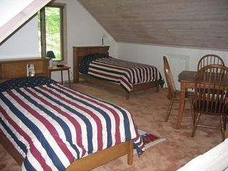 Blowing Rock cottage photo - #4 The Loft with two twin beds, game table. Area is spacious.