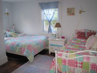 Hyannis - Hyannisport house photo - Bedroom 3 with Full Bed and Day Bed