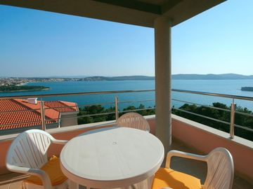 Trogir apartment rental - 12+hour sun balcony (south direction). Top 4th floor AND top of the hill
