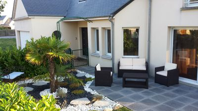 MODERN VILLA ST VAAST, LARGE GARDEN, WIFI 200M SEA AND TOWN 500M, UNESCO
