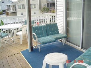 South Bethany Beach house photo - Midlevel Deck Area