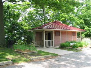 Saugatuck / Douglas cottage photo - Douglas Beach Bath House