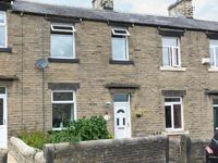 SPINNERS NEST, pet friendly, with a garden in Skipton, Ref 25565