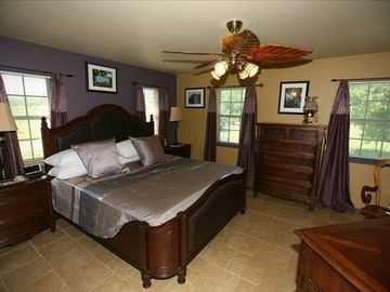 Large Masterbedroom with King size bed and plenty of closet and dresser space