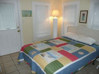 Crescent Beach cottage photo - Queen bedroom first