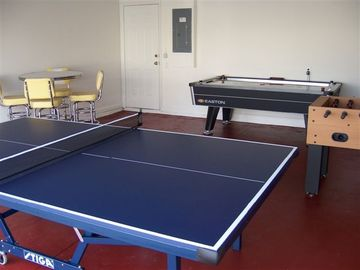 Game Room with professional quality equipment