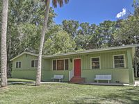 Canalfront 3BR Astor House w/ Boat Slip!