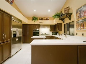 Gorgeous Gourmet Kitchen with Stainlesss Appliances and Range Hood