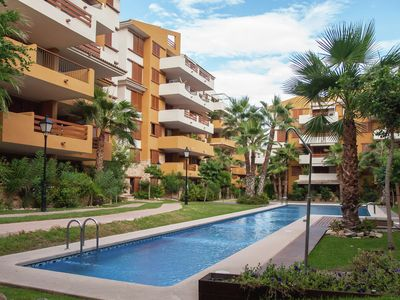 Comfortable, child-friendly apartment on the sea of u200bu200bCosta Blanca with pool