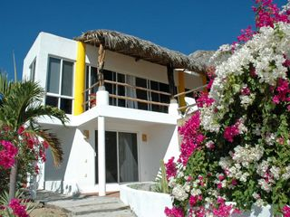 Huatulco villa photo - The cascading beauty of the bugambilia