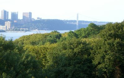 View of Riverside Park - Hudson River - George Washingon Bridge