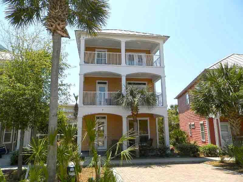 Private three story rental home in destin vrbo for Three story beach house