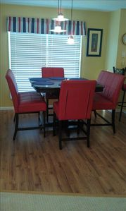 Dining Seating for 6, Vacation home in N Myrtle Beach