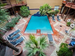 Austin condo photo - Easy access to common pool/deck area til 10pm.