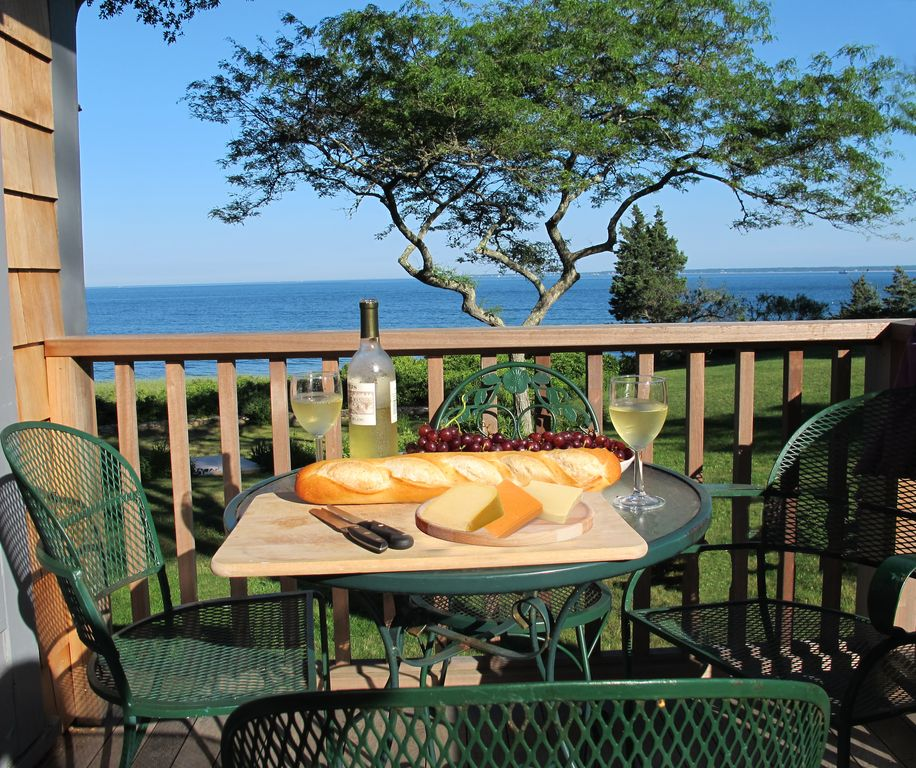 Direct Oceanfront Cottage Private Beach On...