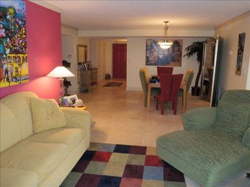 Madeira Beach condo rental - Family room and dining room area