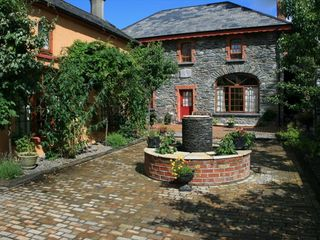 Killarney cottage photo - The Loft and Coachhouse in the Courtyard