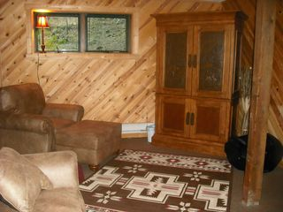 Hill City cabin photo - Lower level