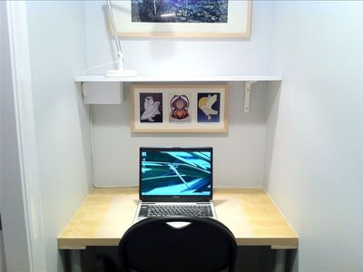 Desk Nook - with free Wi-Fi