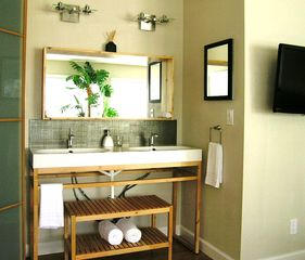 Lakeway cottage photo - Master Vanity with double sink