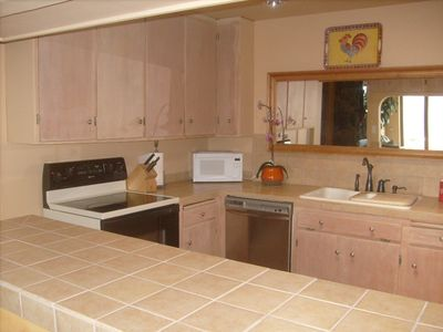 Napa house rental - clean kitchen with all cooking utensils