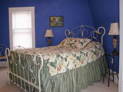 Antique  Springs on Upstairs Bedroom With Antique Queen Size Bed
