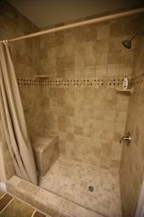 San Diego condo photo - Walk in shower with seat