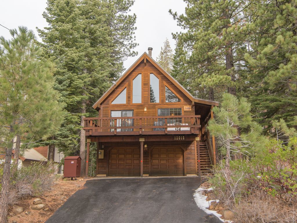 Tahoe donner vacation rental vrbo 662118 3 br lake Rent a cabin in lake tahoe ca