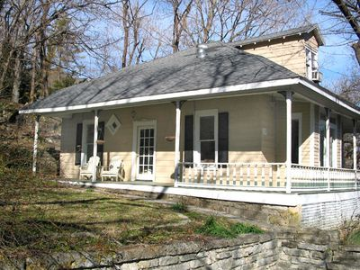 Bella Rossa Cottage In Victorian Eureka Springs Vacation