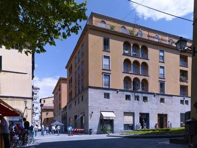 A residence with charming apartments in the city centre of Lucca, a beautiful medieval Tuscan city.