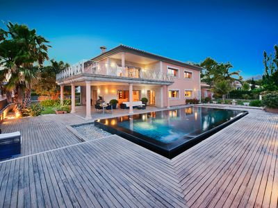 Beautiful modern villa with a private pool, just a 2 mins walk from the beach