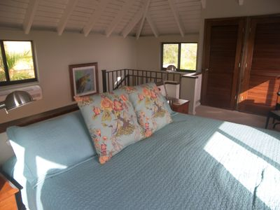 Cruz Bay condo rental - OR King with closet and private personal safe