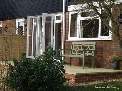 Greenbanks 2. Damerham Self Catering. The perfect getaway for couples