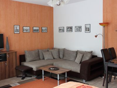 Cheap accommodation Berlin, 43 square meters,  recommended by travellers !