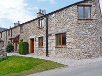 CARR BANK COTTAGE, family friendly in Arnside, Ref 11429